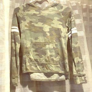 Camouflage light weight sweatshirt